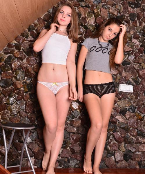 rebecca-ariana-friends