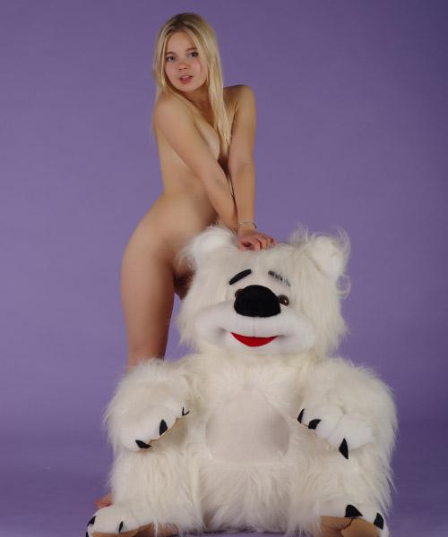 stasya-teddybear