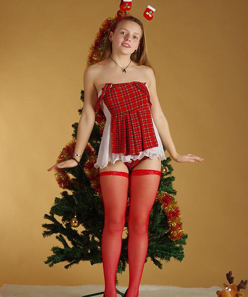 nika-christmas